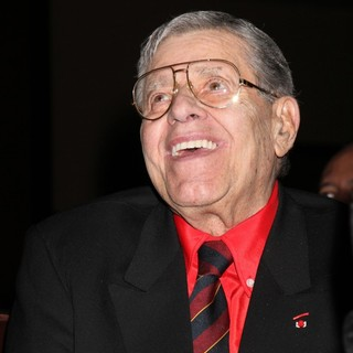 Jerry Lewis Is Awarded The Nevada Broadcasters Association Livetime Achievement Award - jerry-lewis-livetime-achievement-award-03