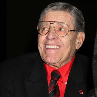 Jerry Lewis Is Awarded The Nevada Broadcasters Association Livetime Achievement Award - jerry-lewis-livetime-achievement-award-04