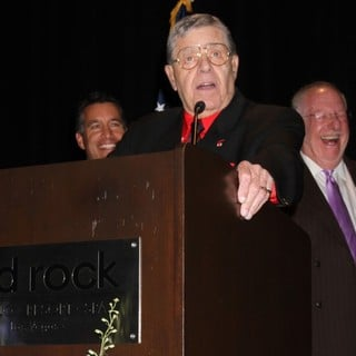 Jerry Lewis Is Awarded The Nevada Broadcasters Association Livetime Achievement Award - jerry-lewis-livetime-achievement-award-08