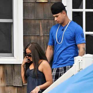 Sammi Giancola, DJ Pauly D in The Cast of Jersey Shore Returns to Seaside Heights After Filming in Florence, Italy