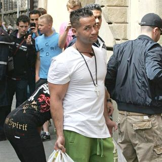 The Situation, DJ Pauly D in Casts Shopping in Florence While Flming The Reality Show 'Jersey Shore'