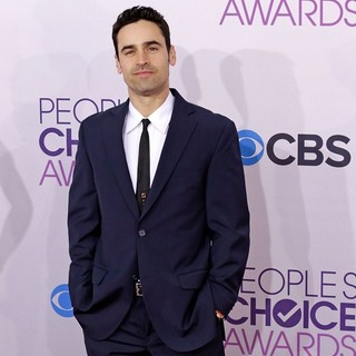 Jesse Bradford in People's Choice Awards 2013 - Red Carpet Arrivals - jesse-bradford-people-s-choice-awards-2013-02