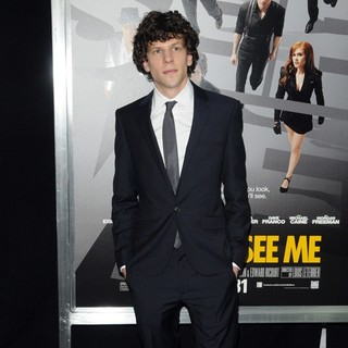 Jesse Eisenberg in New York Premiere of Now You See Me - jesse-eisenberg-now-you-see-me-new-york-premiere-01