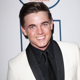 Jesse McCartney Photos