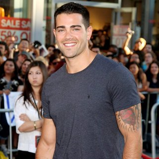 Jesse Metcalfe in Los Angeles Premiere of Captain America The First Avenger - Arrivals