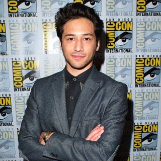 Jesse Rath in San Diego Comic-Con International 2014 - Defiance - Press Room