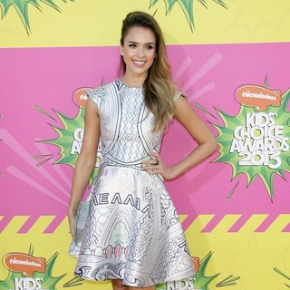 Jessica Alba in Nickelodeon's 26th Annual Kids' Choice Awards - Arrivals