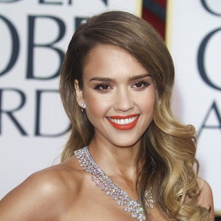 Jessica Alba in 70th Annual Golden Globe Awards - Arrivals - jessica-alba-70th-annual-golden-globe-awards-01