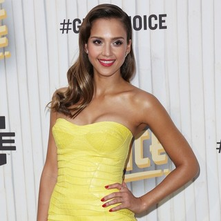 Jessica Alba in Spike TV's Guys Choice Awards 2013 - Arrivals