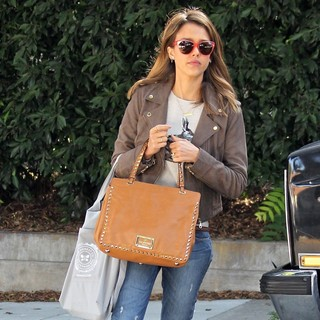 Jessica Alba in Jessica Alba Leaves A Friend's House Carrying A Valentino Handbag