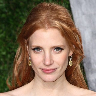 Jessica Chastain in 2012 Vanity Fair Oscar Party - Arrivals