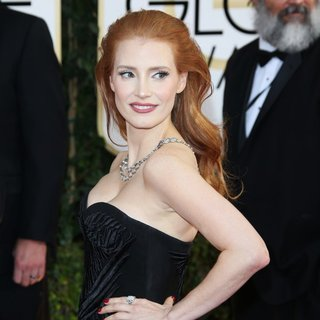 Jessica Chastain in 71st Annual Golden Globe Awards - Arrivals