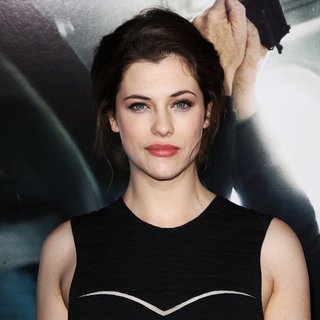 Premiere of Universal Pictures and Studiocanal's Non-Stop - jessica-de-gouw-premiere-non-stop-03