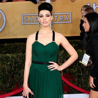 Jessica Pare in 19th Annual Screen Actors Guild Awards - Arrivals