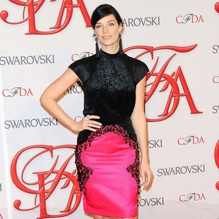 Jessica Pare in 2012 CFDA Fashion Awards