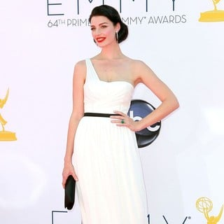 Jessica Pare in 64th Annual Primetime Emmy Awards - Arrivals