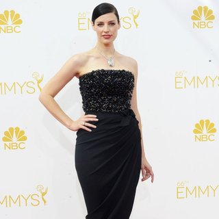 Jessica Pare in 66th Primetime Emmy Awards - Arrivals