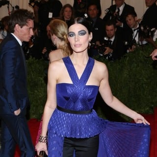 Jessica Pare in PUNK: Chaos to Couture Costume Institute Gala - jessica-pare-chaos-to-couture-costume-institute-gala-01