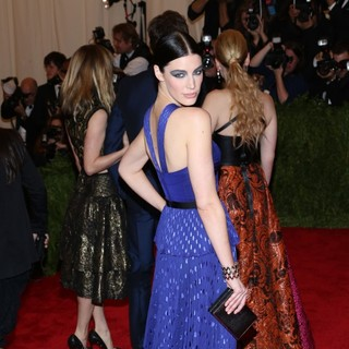 Jessica Pare in PUNK: Chaos to Couture Costume Institute Gala - jessica-pare-chaos-to-couture-costume-institute-gala-02