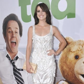 Jessica Stroup in The Los Angeles Premiere Ted - Arrivals - jessica-stroup-premiere-ted-02