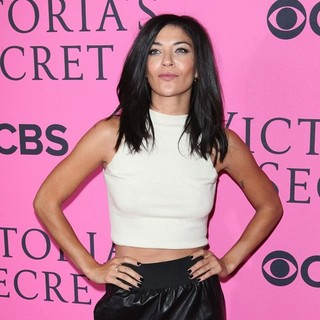 Jessica Szohr - The 2012 Victoria's Secret Fashion Show