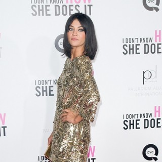Jessica Szohr in New York Premiere of I Don't Know How She Does It - Arrivals