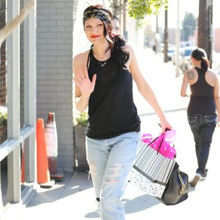 Jessie J in Jessie J Arriving at A Recording Studio