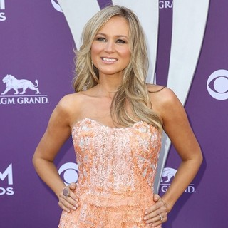 Jewel Kilcher in 48th Annual ACM Awards - Arrivals - jewel-kilcher-48th-annual-acm-awards-04
