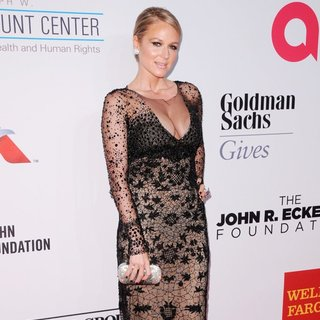 Elton John AIDS Foundation's 13th Annual An Enduring Vision Benefit - Red Carpet Arrivals