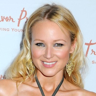 Jewel Kilcher in Ninth Annual Trevor New York Summer Gala - Arrivals