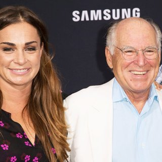 Jimmy Buffett in The Premiere of Universal Pictures' Jurassic World - Arrivals