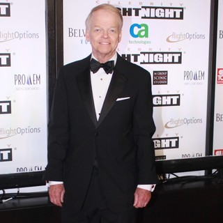 Jimmy Walker in Muhammad Ali's Celebrity Fight Night XIII