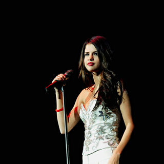 Selena Gomez in The 2010 Q102 Jingle Ball