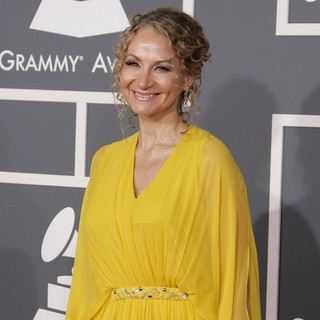 Joan Osborne in 55th Annual GRAMMY Awards - Arrivals