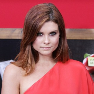 Joanna Garcia in World Premiere of Bad Teacher - Arrivals