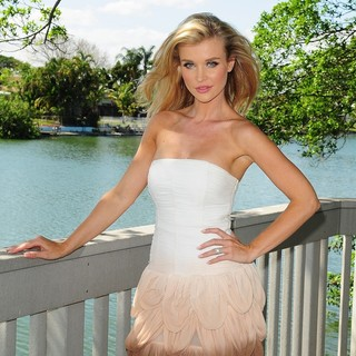 Joanna Krupa in Joanna Krupa Unveils Her Be An Angel for Animals Ad Campaign for PETA