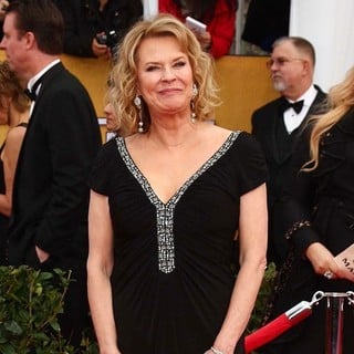 JoBeth Williams in 19th Annual Screen Actors Guild Awards - Arrivals
