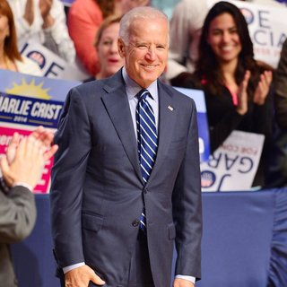 Joe Biden in Campaign Rally for Florida State Governor Candidate Charlie Crist