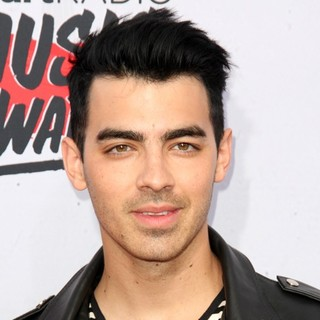 Joe Jonas - iHeartRadio Music Awards 2016 - Arrivals