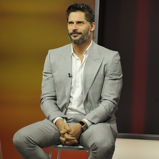 Joe Manganiello in Joe Manganiello Appears at Global TV's The Morning Show