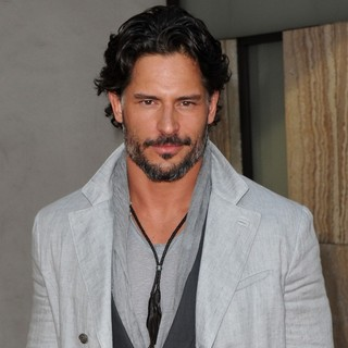 Joe Manganiello in Los Angeles Premiere for The Fifth Season of HBO's Series True Blood - Arrivals
