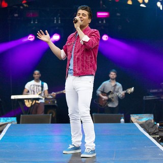 Joe McElderry in BT London Live - Performances - joe-mcelderry-bt-london-live-08