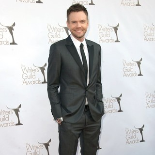 Joel McHale in The 2012 Writers Guild Awards