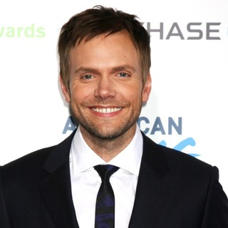 Joel McHale in 2nd Annual American Giving Awards - Arrivals
