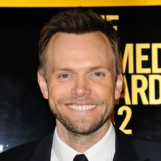 Joel McHale in The Comedy Awards 2012 - Arrivals