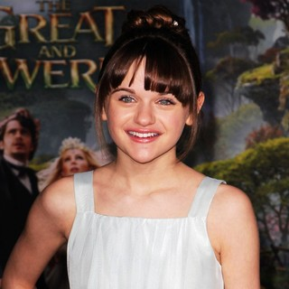 Joey King in Oz: The Great and Powerful - Los Angeles Premiere - Arrivals