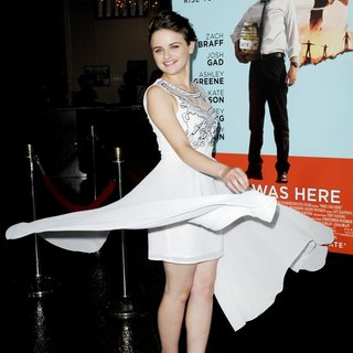Joey King in Premiere of Focus Features' Wish I Was Here