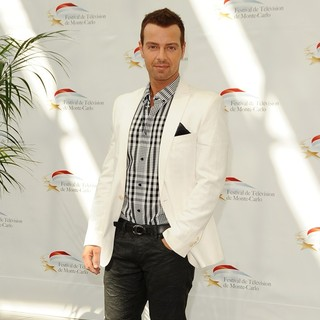 Joey Lawrence in Monte Carlo Television Festival 2011 - Photocall - Melissa and Joey