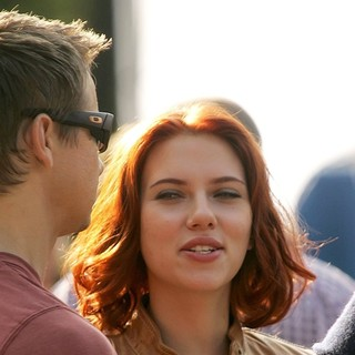 Jeremy Renner, Scarlett Johansson in Actors on The Set of The Avengers Shooting on Location in Manhattan