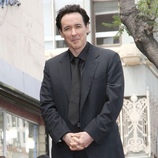 John Cusack in John Cusack Honored with A Star on The Hollywood Walk of Fame